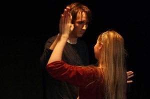 Marian (Hilda Mikkonen) ja Pyryn (Aarni Auerniitty) duetto oli kyllä mun lemppari ^^